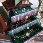 本のようで実は本じゃない!? 秘密の宝箱・隠し箱コレクション