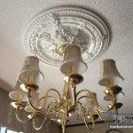 蒸気邸改造記14:天井の照明とシーリングメダリオン