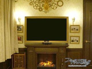 高山額縁店でテレビ額を作っていただきました【暖炉周りの改造(2)】