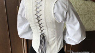 女性も男性もお勧め! 礼装用のコルセットベスト【テーラー五十嵐(4)】