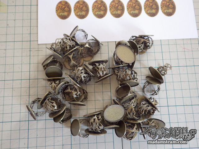 指輪 or ピンズ100個無料プレゼント