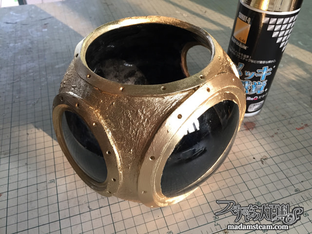 潜水ヘルメットの花瓶