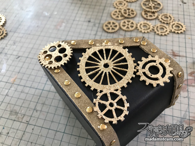 steampunk eye glasses stand