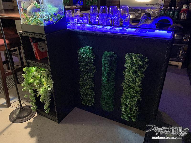 スタイロフォームで作る緑の鉄壁