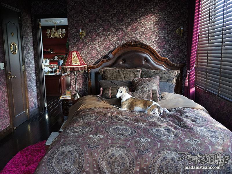 ロマンティックな寝具